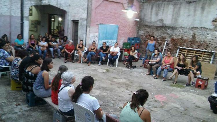 Más de 50 mujeres se reunieron en la Primera Asamblea