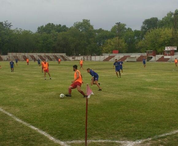 Trocha jugó un amistoso con Independiente de Chivilcoy
