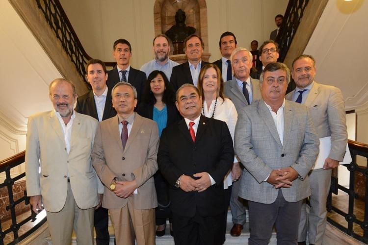 Carlos Selva participó del encuentro interparlamentario con comitiva de Indonesia