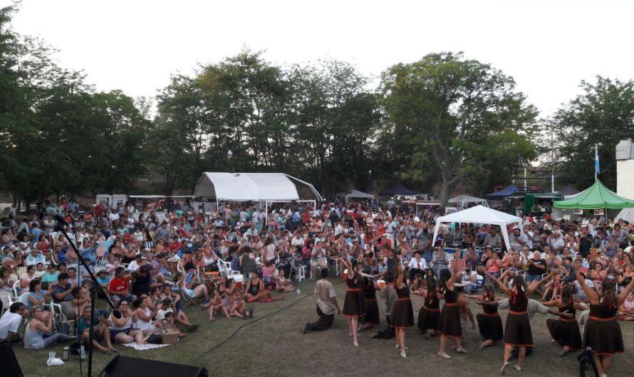 Gran fiesta y asistencia en la celebración de los 110 años de Altamira