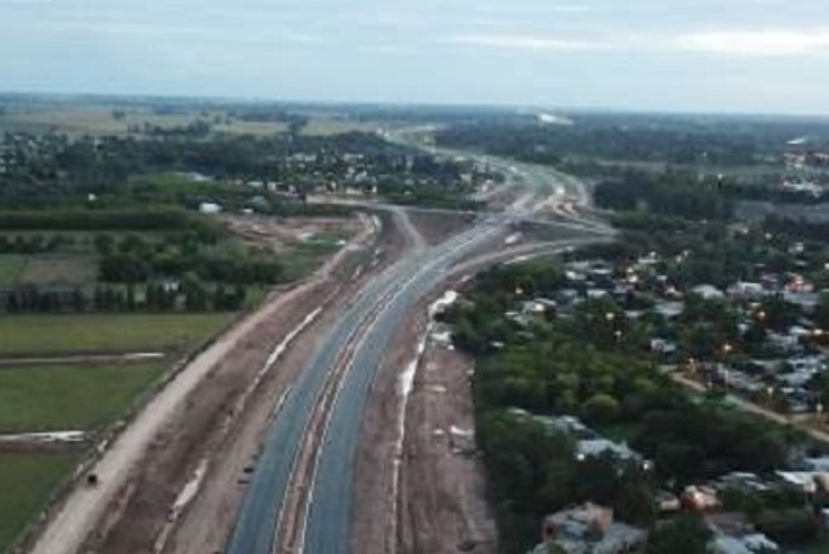 JxC lamenta la paralización de obras en la Ruta 5