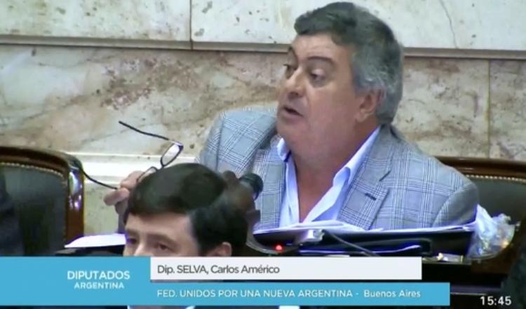 """Carlos Selva: """"El Estado está haciendo malversación de fondos"""""""