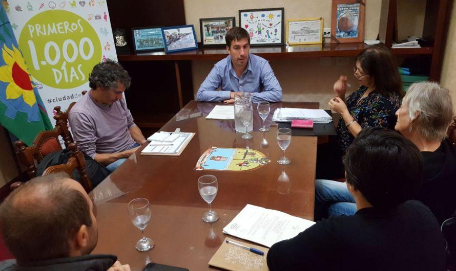 Encuentro entre intendente Ustarroz y S.O.S Hábitat por temas ambientales