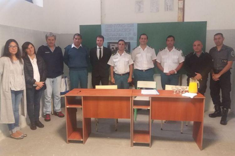Firma de Convenio entre el CEA Nº 9 y la Unidad Penitenciaria N° 5 de Mercedes