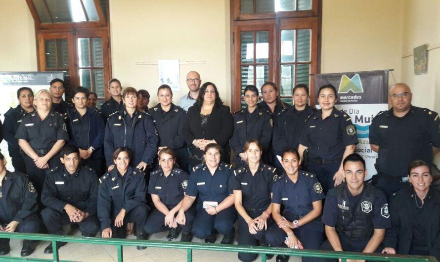 Importante capacitación zonal en Casa de la Mujer con referentes policiales de toda la región