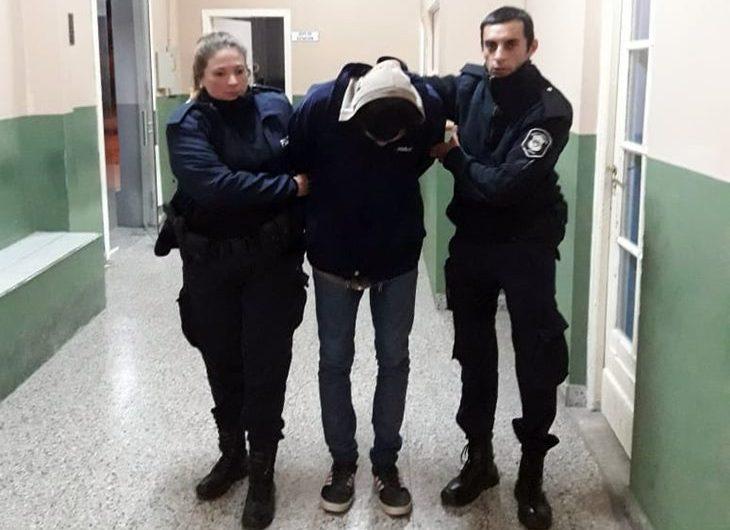 Dos aprehendidos en estación de tren por violar ley de drogas