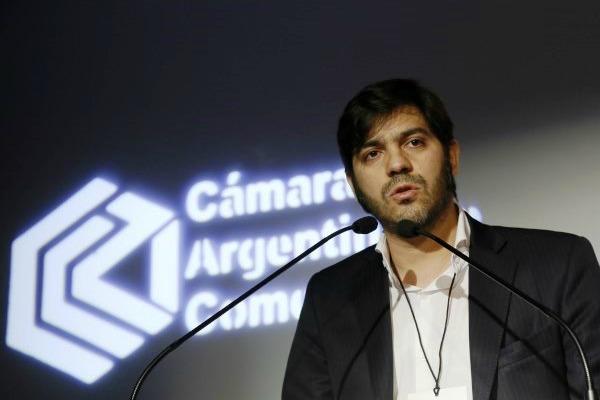 Invitan a charla debate sobre actualidad económica con Carlos Biando y Agustín Simone