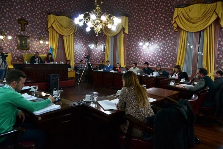 Concejales piden al Ejecutivo que revea el aumento de Tasa de Alumbrado de este mes