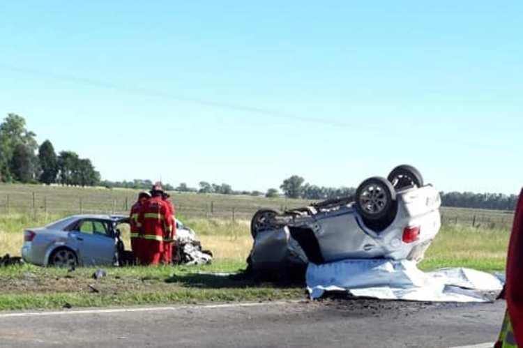 Fatal accidente en la Ruta Nacional N° 5, tres personas de fallecidas