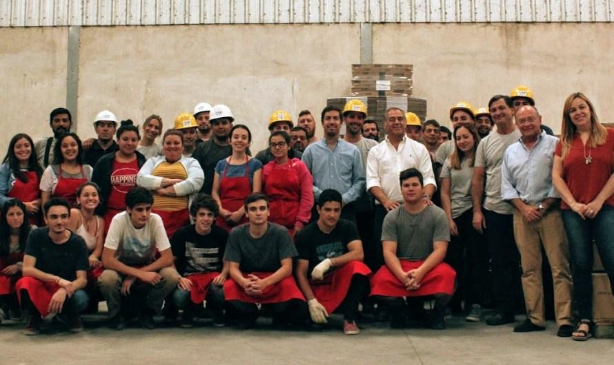 Por convenio entre municipio y parque logístico 40 jóvenes realizan su primer empleo