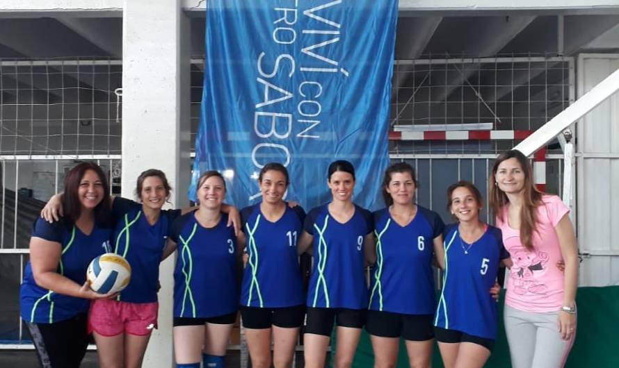 El CEF 40 gana como local un certamen de Voley Femenino