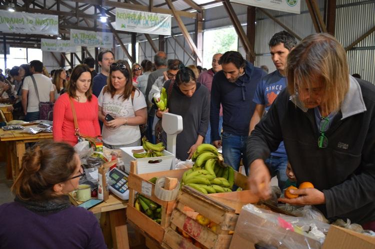 Vuelve el mercado sustentable a La Trocha