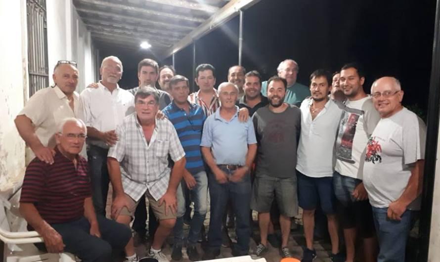 Ustarroz se reunión con directivos del Huracán Mercedes Automovil Club