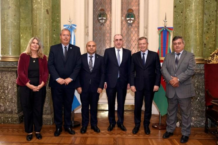 Diplomacia parlamentaria: Selva fue parte de encuentro con ministro de Azerbaiyán