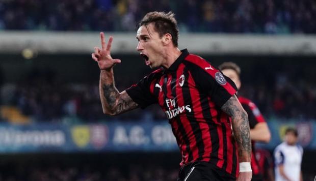 Gol de tiro libre de Lucas Biglia en la victoria de Milan (video)