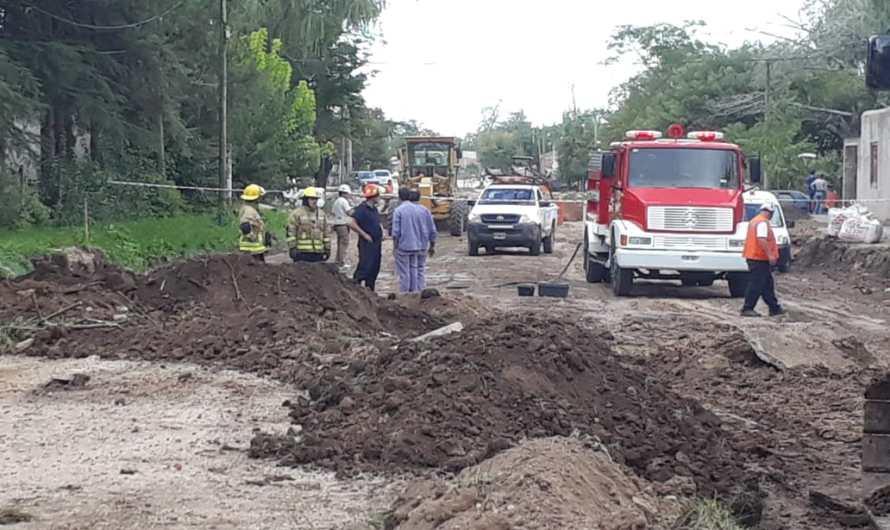 Evacuan vecinos hasta reparar fuga de gas en calle 16 entre 57 y 59