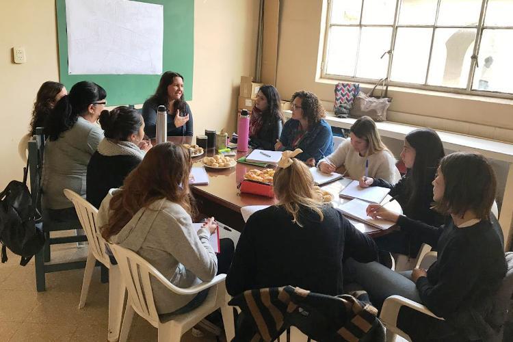 Estudiantes de UNLu realizan acciones pre profesionales desde la Dirección de Niñez