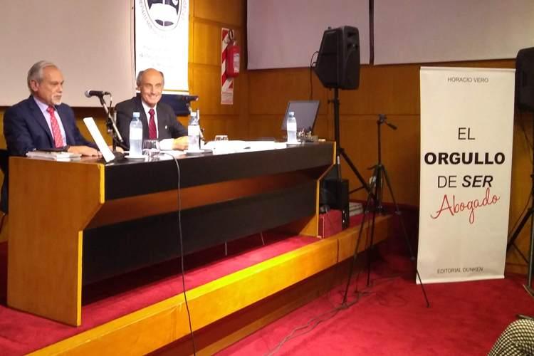 El Abogado Horacio Vero presentó su noveno libro
