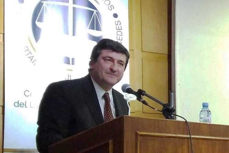 Abogados piden restablecer el servicio de justicia