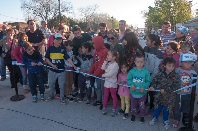 Inauguraron obras de pavimento, hídricas y iluminación en los Barrios Malvinas e H. Yrigoyen