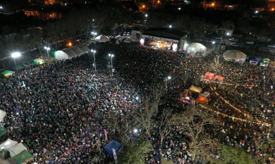 Con récord de asistencia cerró la 45° Fiesta Nacional del Salame Quintero