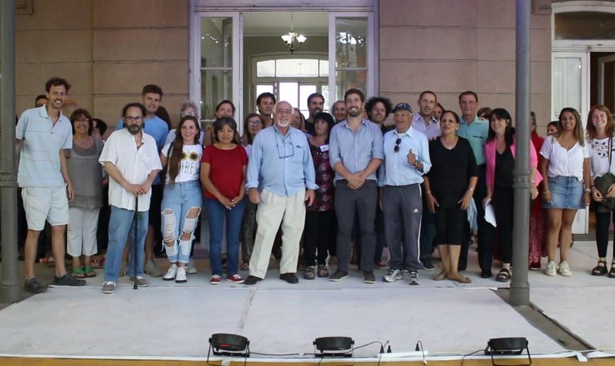 Con expo, 1700 participantes y 30 disciplinas cerraron los talleres culturales