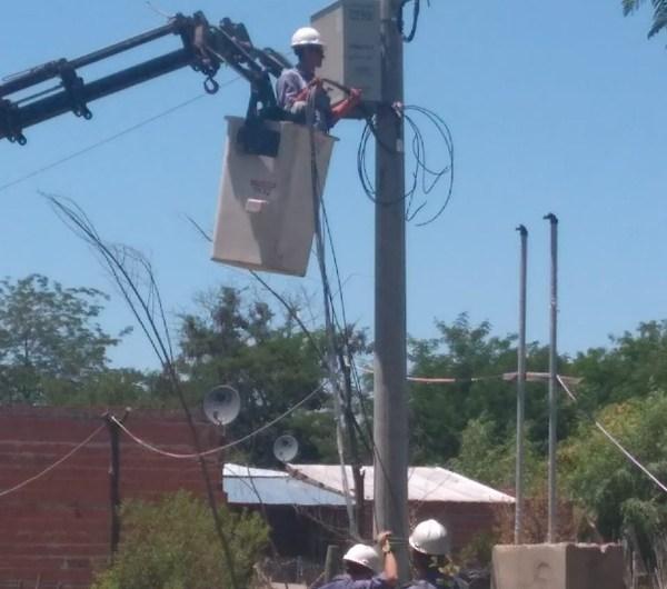 Amplían red eléctrica en la zona del puente plateado