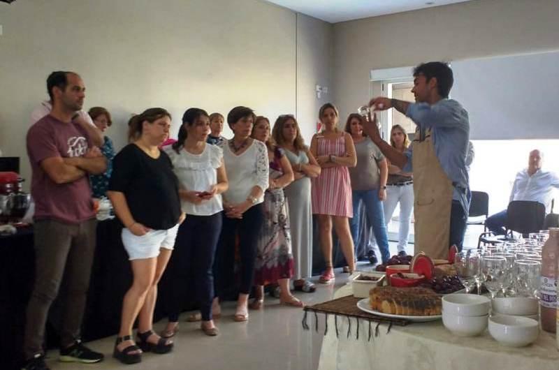 AEFIP brindó un  taller de alimentación saludable