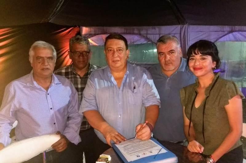 La FAPED firmó convenio con la Asociación de Clubes de Básquetbol