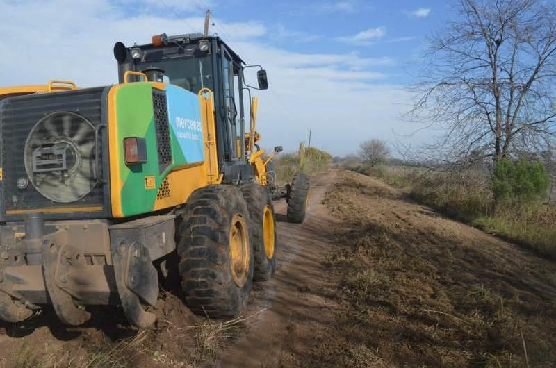 Arreglos y mejoras en los caminos rurales