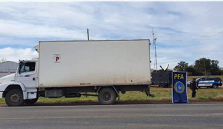 La Policía Federal Mercedes detuvo carga por incumplimiento tributario
