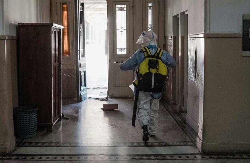 Desinfectan e higienizan las instalaciones del CDR