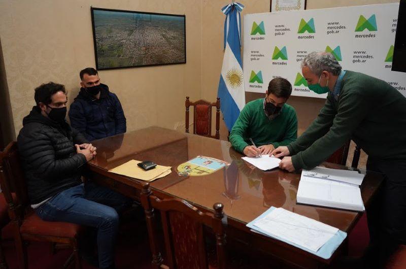 Firman convenio de desarrollo urbanístico