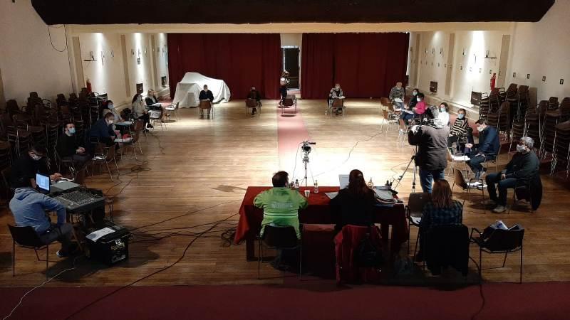 Los concejales sesionaron en la tarde del lunes en el teatro