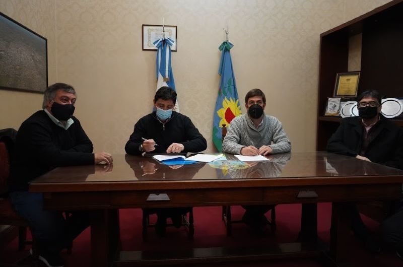 Municipio y Trenes Argentinos firman convenio por los espacios públicos ferroviarios