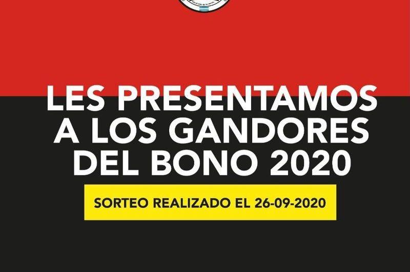 Primeros ganadores del sorteo bono 2020 de Bomberos