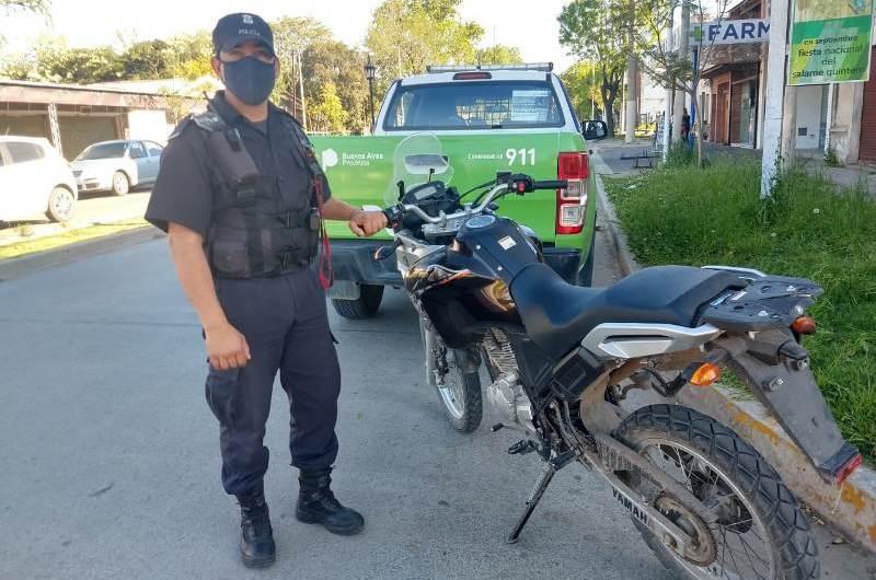 Recuperan moto robada en Luján