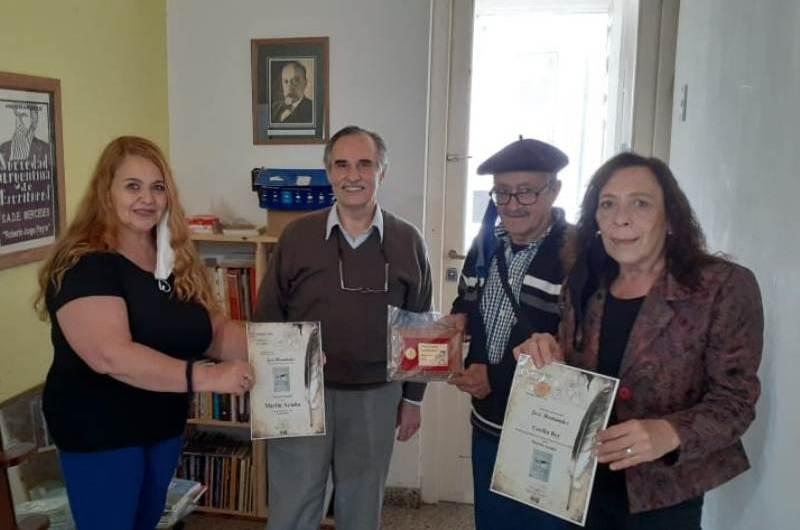 SADE Mercedes entregó premios literarios