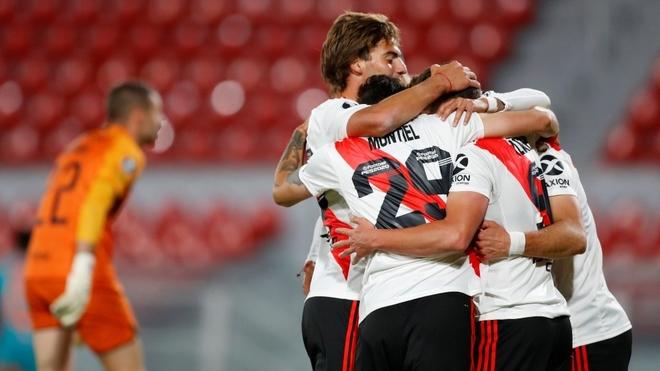 Santiago Sosa, figura en la victoria de River y gol de Lértora en el amistoso de Colón