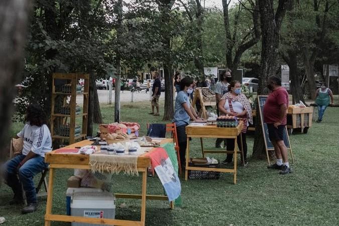 """""""Mercadito de campo"""", todos los domingos en Tomás Jofré"""