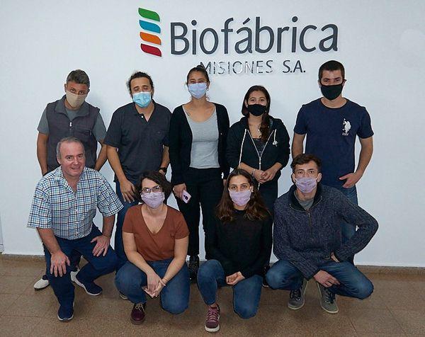 Egresados del CEPT N° 4 se capacitan en biotecnología con inversión del Ministerio de Asunto