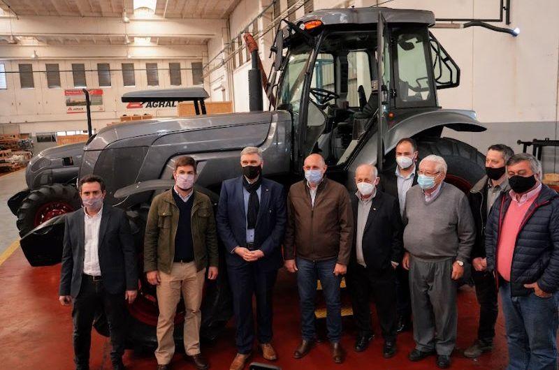 Ministro de Transporte de Nación en fábrica automotriz local
