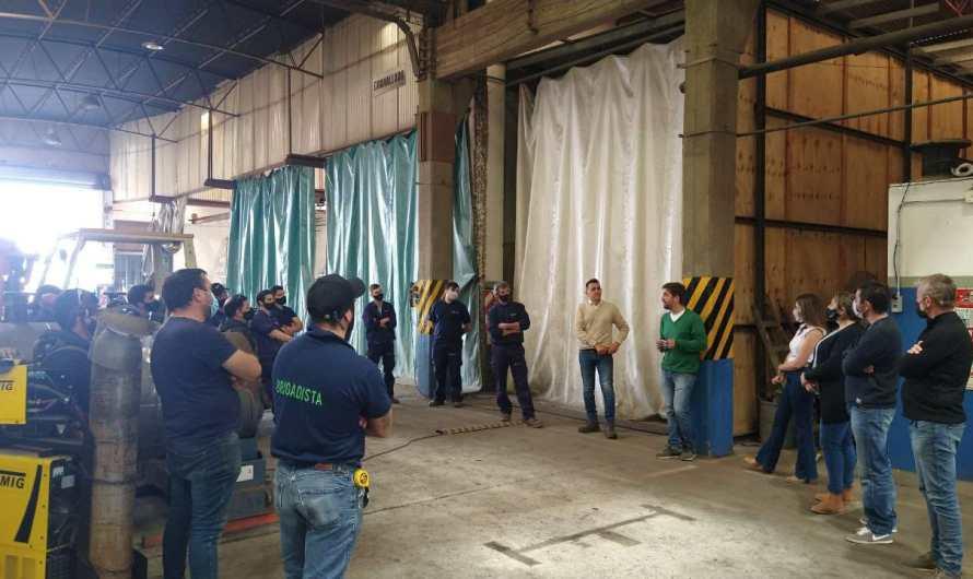 Frente de Todos reunido con trabajadores y trabajadoras locales