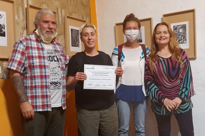 El primer premio del Concurso Xilográfico fue para la obra «La Pulpería»