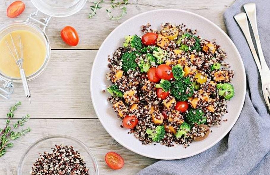 ensalada de quinoa receta