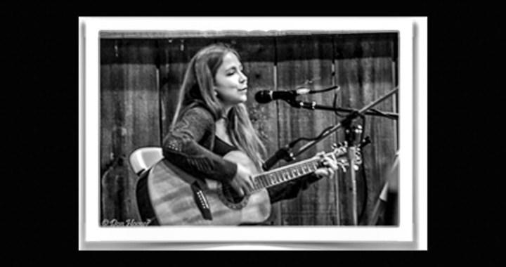 Singer Lisa D