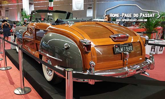 Village Classic Cars - Chrysler Town & Country 1948