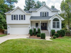 Now Showing: 4 Bedroom Cul-de-Sac Home in Apex's Whitehall Manor