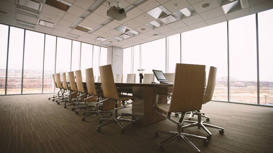 Majority of FTSE 100 firms struggling to find future talent at boardroom level