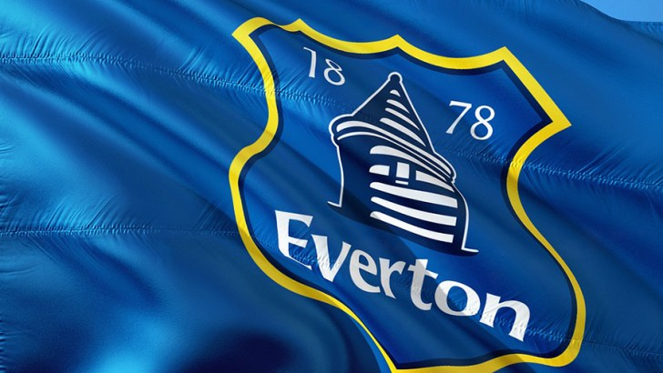 Everton leads way in tackling low pay in sport